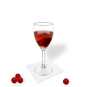 Alle Weingläser eignen sich hervorragend für eine Kirschenbowle.